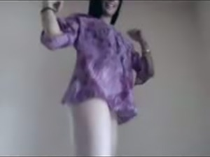 Beauty Arab Girl dancing