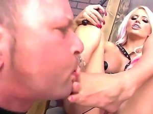 Delightful blonde freaky mature Jacky Joy enjoying Jeremy Conway licking her...