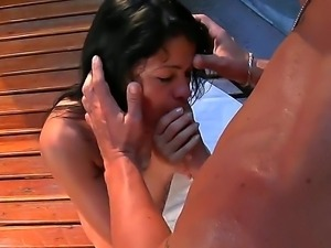 Ultra-hot black haired Latina named Fabiana doesnt want to stop her sucking...