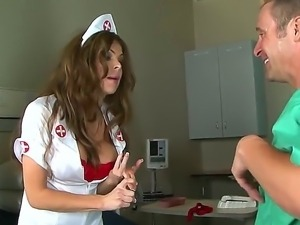 Big breast nurse Hunter Bryce is fucking her desperate patient Jack Lawrence