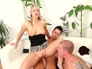 Ennio Guardi A,Max Born and Samantha Jolie fucking in naughty bisexual...