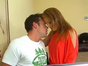 The seductive pornstar Inari Vachs makes a deep blowjob to her new friend...