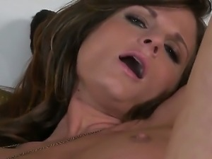 The staggering pornstar Daisy Lynn with the big melons jill her wet and...