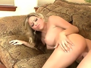 Hot sexy blonde slut fisting on a hard dick and then freaked doggystyle.