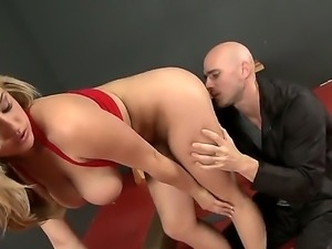 Dayna Vendetta Big tight boobed blonde girl hotly fucking with her bald...