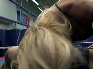 Blonde Gitta Blond gets her love box stretched by lesbian Bianka Lovely