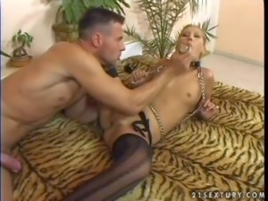 Kinky and aroused blonde babe with nice body and small boobs enjoys in...