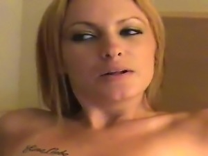Amateur fuck with a horny blonde babe named Jayla and her boyfriend Josh