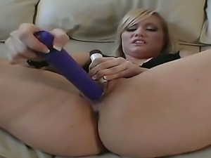 Measly fuck toys arent enough to make Tiffany squirt. Enter Derrick Pierce...