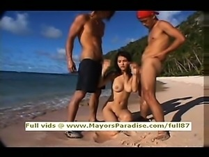 Maria Ozawa smart pretty Asian blowjob guys on the beach