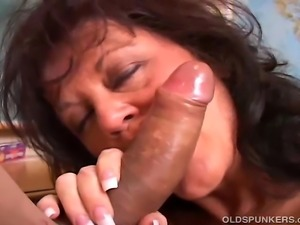 Very sexy older lady shows how well she can suck cock and swallow cum