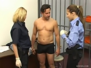 prisoner jerked off by female guards