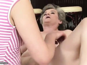 Teen Connie is a lesbian sex fuck addict that loves Alizs muff so much