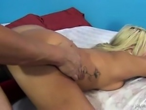 Lalela Pryce gets fucked hard by Porno Dan and she squirts