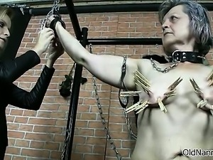 Nasty old slut goes crazy getting pegs part5