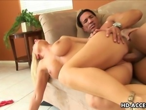 Mature blonde Devon Lee enjoys hardcore cunt smashing