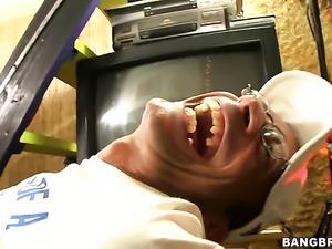 Alicia Tease screams in interracial sexual ecstasy
