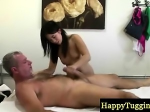 Asian masseuse gets old guy to cum