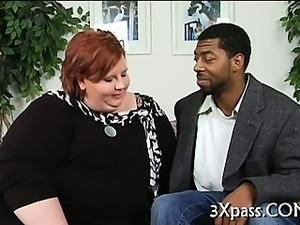Plump nailed by black man