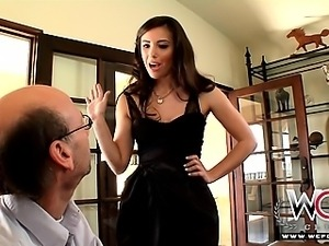 WCPClub Sexy brunette housewife Casey Calvert gets fat