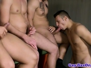 Horny muscle hunks crazy for hard cock