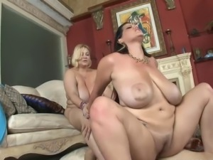 ROKO VIDEO-threesome fuck