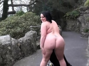 Crazy Sarahs public nudity and sexy mum flashing