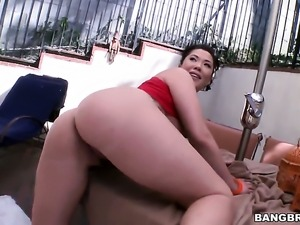 Oriental London Keyes with round booty gets covered in sperm on cam for your...