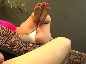 Amber Leah makes Eric Jovers dick hard with her sexy feet and then starts to...
