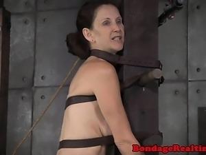 BDSM slave Emma Haize roughly punished