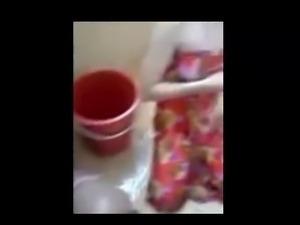 malay- awek kelantan mandi