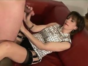 Mature british mistress gets cumshot