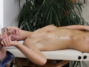Susan Ayn Sucks Her Masseurs Cock At The Massage Parlor