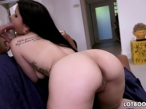 Charming big ass brunette shows us her amazing fat booty and then sucks some...