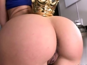 Big ass Anikka Albrite and big black dick