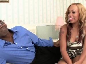 Gorgeous ebony slut Melrose Foxxx masturbates her clit