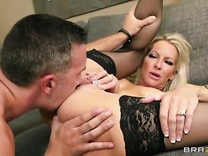 Keiran Lee buries his sturdy fuck stick in lustful Emma Starrs love box