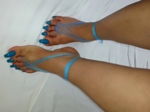 longtoenails, soft feet, sexy feet, beautiful feet