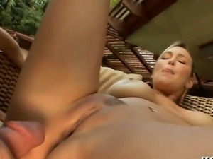 Hot mother i\'d like to fuck with trimmed love tunnel