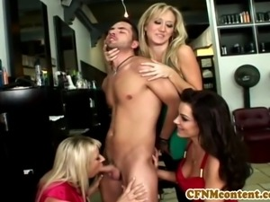 Carolyn Reese and pals suck cock