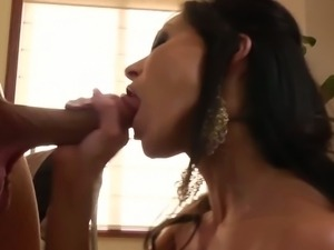 Hot milf Kendra Lust spreads her legs for big dick
