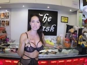 Franceska\'s fat wet pussy and her huge clit got licked