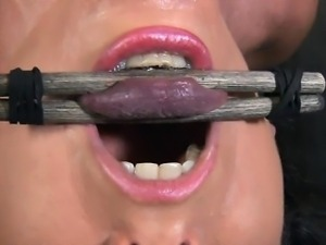 Caged up playgirl acquires pleasuring