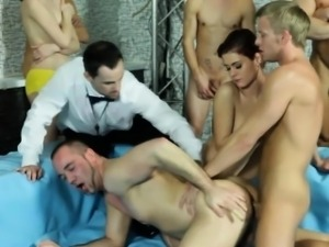 Buff bisex guy gets anal fuck