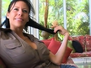 Mother i would like to fuck gives wonderful blowjob
