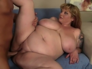 Chubby Beauty Kali Kala Lina is penetrated