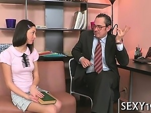 Blowjob for a lustful teacher