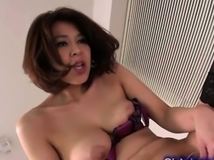 Sexy supple asian babe wants to be licked