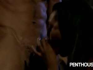 Sexy ebony slut Sapphire Kiss gets banged hard