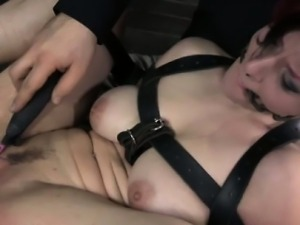 Breastbondage sub slut gets clit toyed